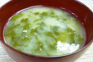 野沢菜漬けの粕入り味噌汁